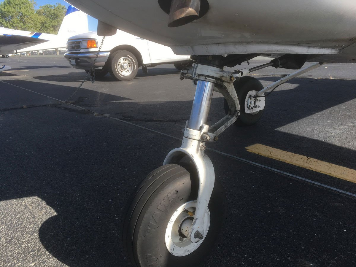 Nose Gear assembly N5655G