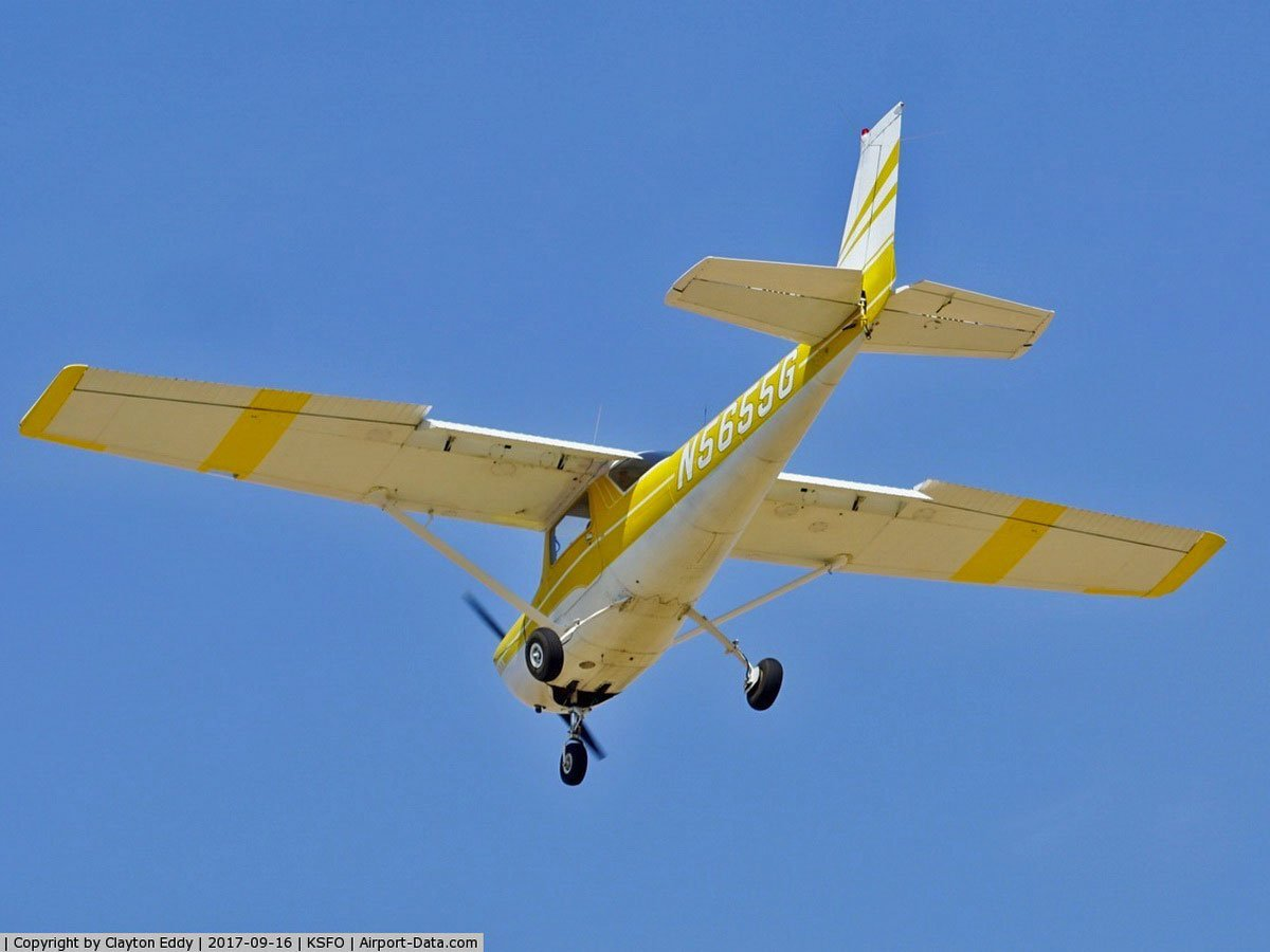Cessna 150K N5655G touch-go Concord CA